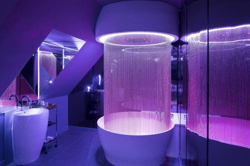 Albert's Hotel - Paris - Bathroom