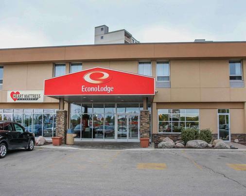 Econo Lodge - Winnipeg - Gebäude