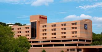 Sheraton Charlotte Airport Hotel - Charlotte - Gebäude