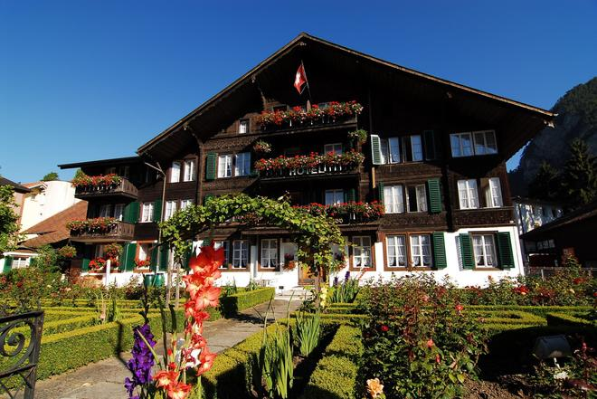 Hotel Chalet Swiss - Interlaken - Building