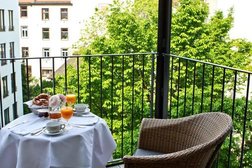 Hotel München Palace - Munich - Balcony
