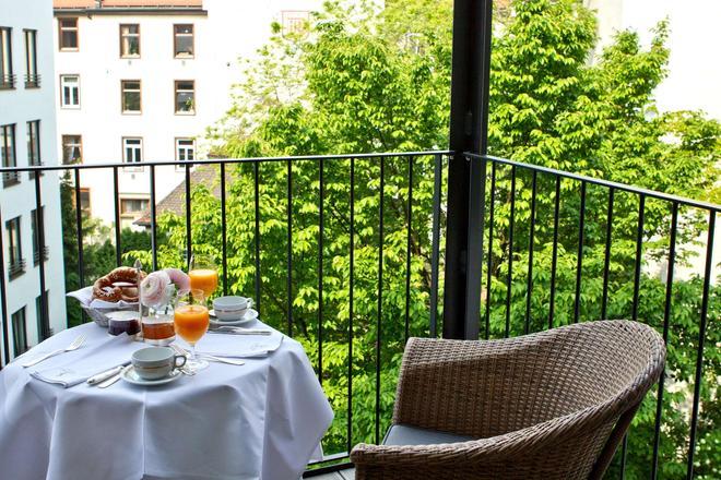 Hotel München Palace - München - Parveke