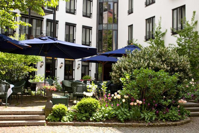 Hotel München Palace - München - Rakennus