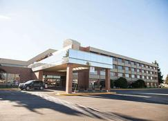 Medicine Hat Lodge, Trademark Collection by Wyndham - Medicine Hat - Edificio