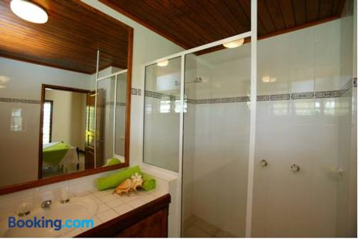 Mangoes Resort - Port Vila - Bathroom