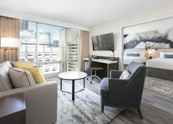 Delta Hotels by Marriott Vancouver Downtown Suites - Vancouver - Living room