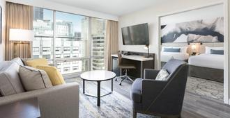 Delta Hotels by Marriott Vancouver Downtown Suites - Vancouver - Sala de estar