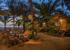 Goa Cottages Agonda - Agonda - Patio