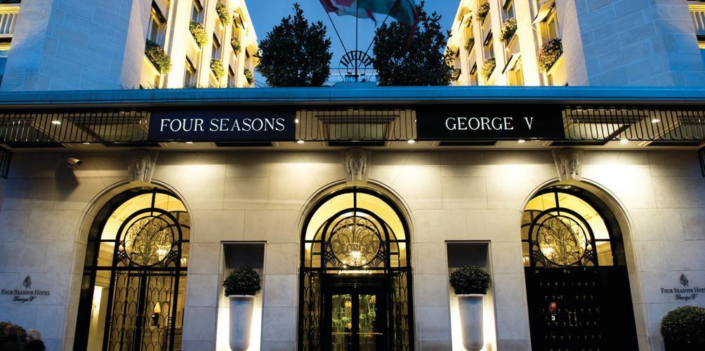 Four Seasons Hotel George V 32 1 4 3 2 Paris Hotel Deals Reviews Kayak