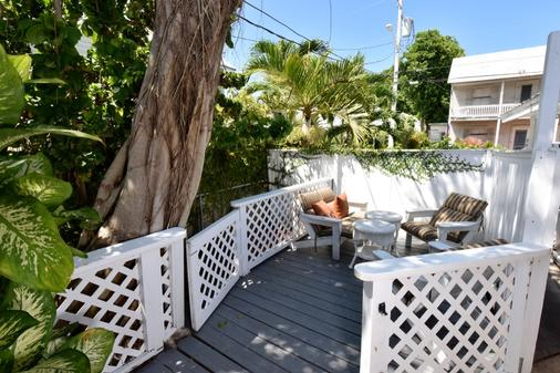 The Palms Hotel - Key West - Ban công