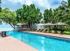 Centara Q Resort Rayong - Muang Klaeng - Πισίνα