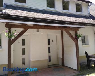 Greizer Kammhütte Gaststätte & Pension - Klingenthal - Gebäude