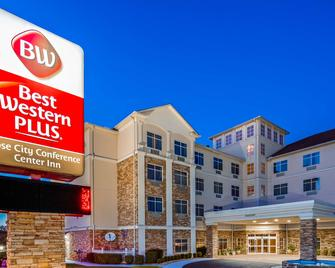 Best Western Rose City Conference Center Inn - Thomasville - Edificio