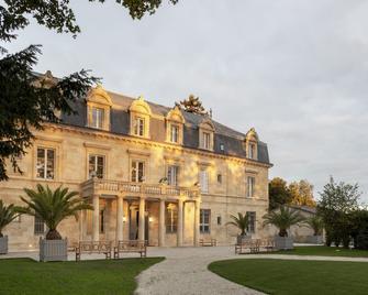 La Maison d'Estournel - Vertheuil - Building