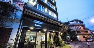 噢曼谷青年旅舍 - 曼谷 - 建築