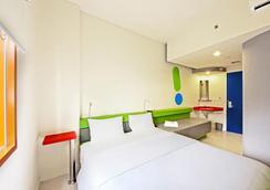 POP! Hotel Sangaji Yogyakarta - Yogyakarta - Bedroom