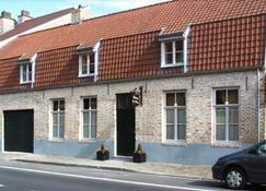 B&B Auberge De Klasse - Veurne - Building