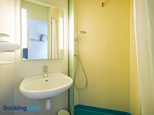B&b Hôtel Mulhouse Ile Napoléon - Illzach - Bathroom
