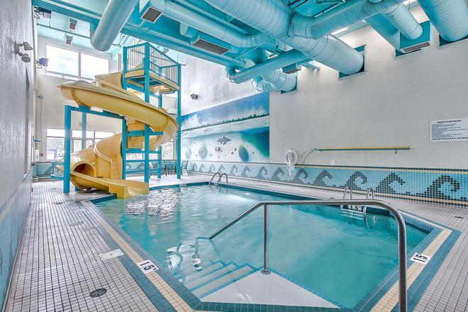 Comfort Inn & Suites South - Calgary - Pool