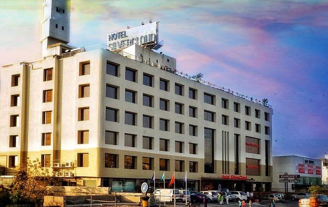 哈邁達巴德銀雲酒店 - 阿默達巴德 - 艾哈邁達巴德 - 建築