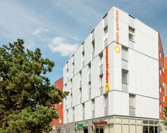 Aparthotel Adagio Access Paris Massy Gare Tgv - Massy - Building