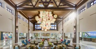 Universal's Loews Sapphire Falls Resort - Orlando - Lobby