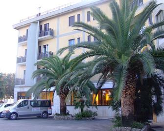 Hotel San Luca - Rossano - Gebouw