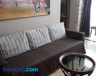 Carrer Roma - Sagunto - Living room