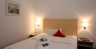 Lindenhotel Stralsund - Stralsund - Bedroom
