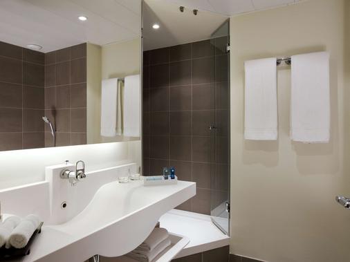 Novotel Paris Centre Tour Eiffel - Paris - Bathroom