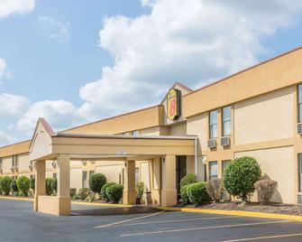 Super 8 by Wyndham Knoxville Downtown Area - Knoxville - Gebouw