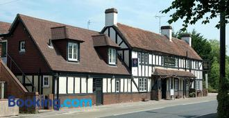 The Shoe Inn - Romsey - Building