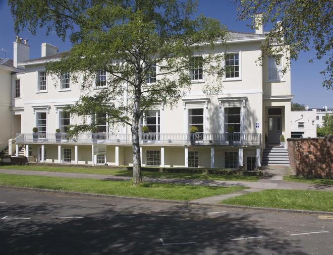 The Cheltenham Townhouse & Apartments - Cheltenham - Rakennus