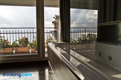 Hotel Ristorante Centosedici - Terracina - Bathroom