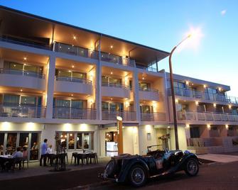 The Crown Hotel Napier - Napier - Bina