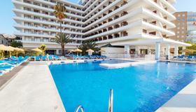 藍海旗下塞萬提斯格蘭酒店 - 托雷莫里諾斯 - 托雷莫利諾斯 - 游泳池