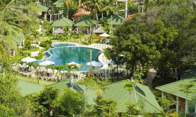 Famiana Green Villa - Phu Quoc - Uima-allas