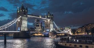 citizenM Tower of London - Lontoo - Rakennus