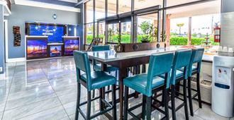 Rodeway Inn - North Charleston - Dining room
