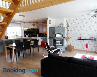 Riverhouse Lumo - Ivalo - Living room