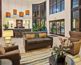 Best Western Plus Miami Executive Airport Hotel & Suites - Kendall - Lobby