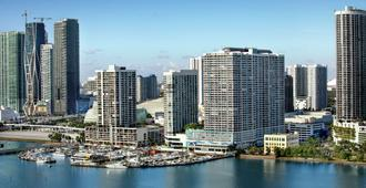 DoubleTree by Hilton Grand Hotel Biscayne Bay - Miami - Outdoor view