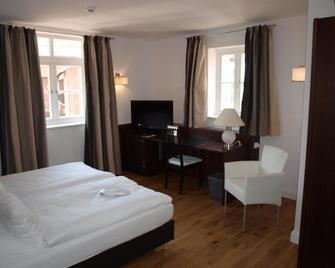 Hotel Am Burgmannshof - Wunstorf - Bedroom