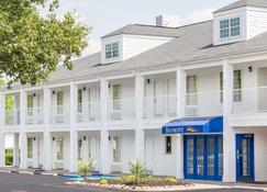Baymont Inn and Suites Anderson Clemson - Anderson - Rakennus