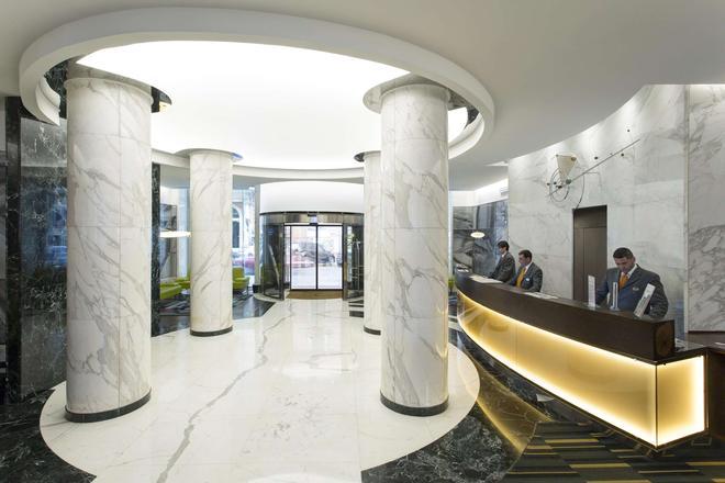 貝斯特韋斯特普拉斯環球酒店 - 羅馬 - 羅馬 - 櫃檯