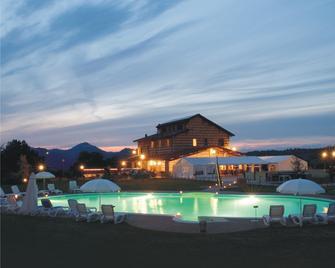 Monferrato Resort - Mombello Monferrato - Zwembad