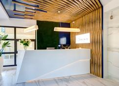 The Sun by Lubicz - Ustka - Front desk