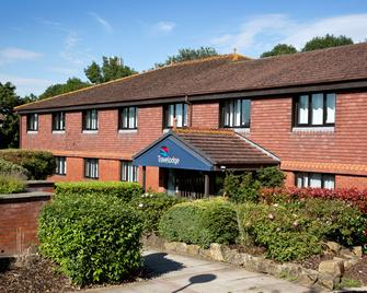 Travelodge Hickstead - Haywards Heath - Building