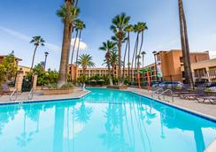 Grand Legacy At The Park - Anaheim - Pool