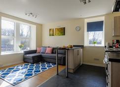 Highland & Hebridean - Ben Nevis View - Fort William - Living room